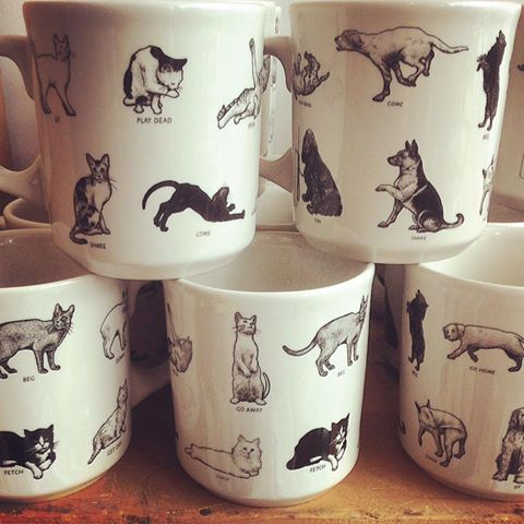 Love these new mugs from Fishs Eddy!  Notice the difference between the cat and dog commands ?