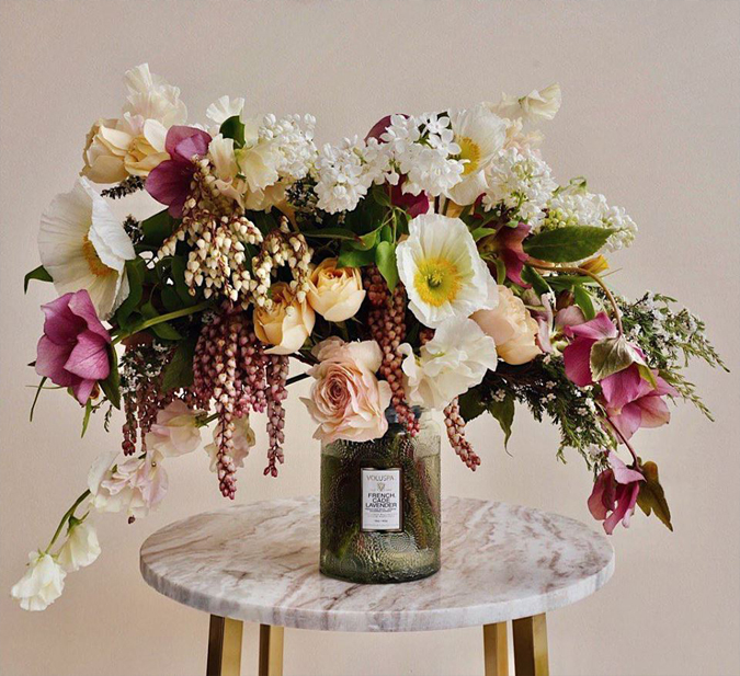 How do you reuse your Voluspa containers?  Love this swoon-worthy bouquet! ❤️  Photo credit: @voluspacandles