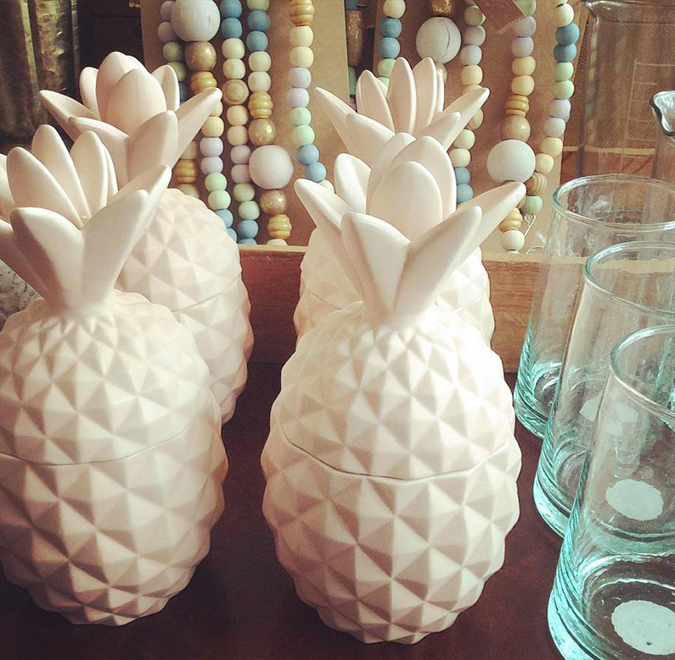 Aww, we found the cutest lil' pineapple candles!  They smell amazing, too!!!