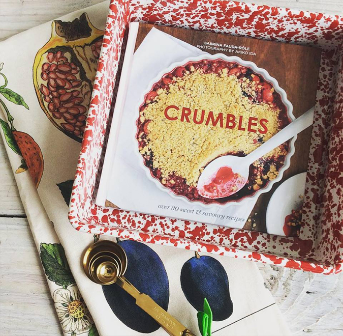'Tis the season to start rolling out some sweet gift ideas.  Fruit crumble lovers and reluctant bakers will enjoy this easy little cookbook,  stylish enamel pan, measuring spoons,  and fruit filled tea towel.