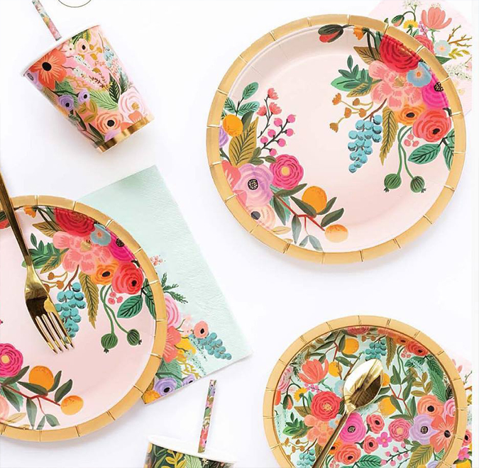Ahhh!  Rifle Paper Co party napkins and plates for the loveliest spring parties 🎉 🎈 🎊 🥂 🍾