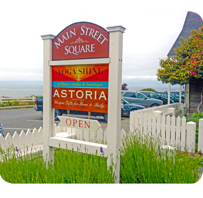 Astoria Home Store and Gift Shop 45050 Main Street Downtown Mendocino California Mendocino County Giftshop Storefront Sign 1