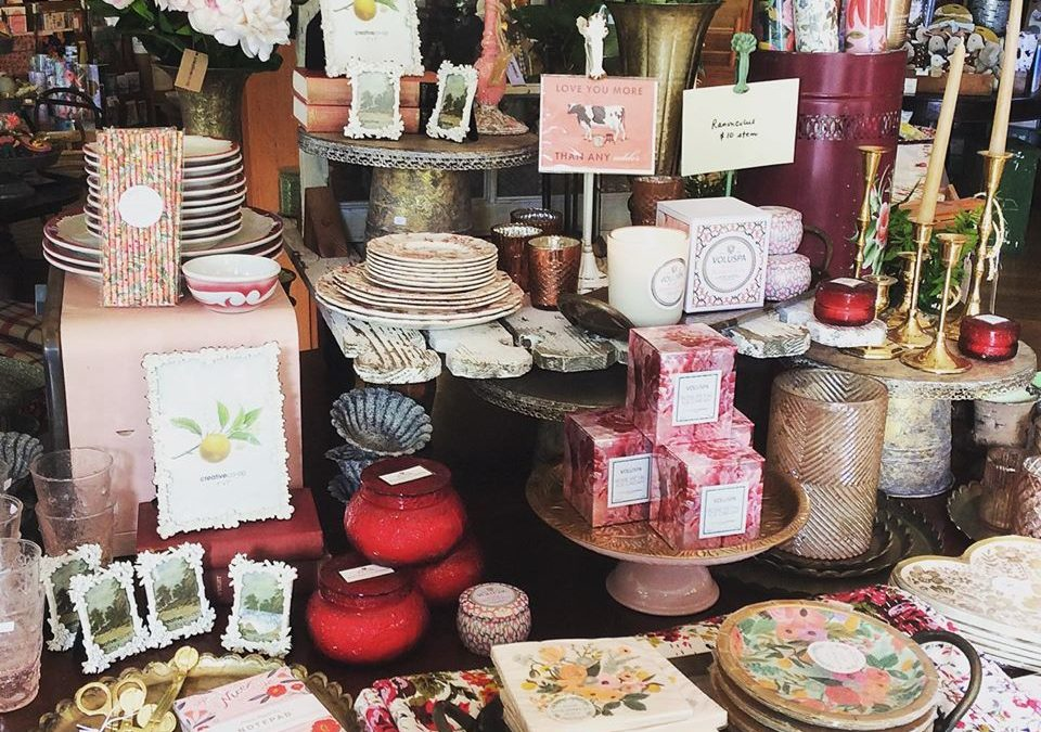 Galentine's - Valentine's Day in Mendocino 2020 - Valentines Day Shopping in Mendocino Village - Shopping for Candles - Bath and Body - Cards