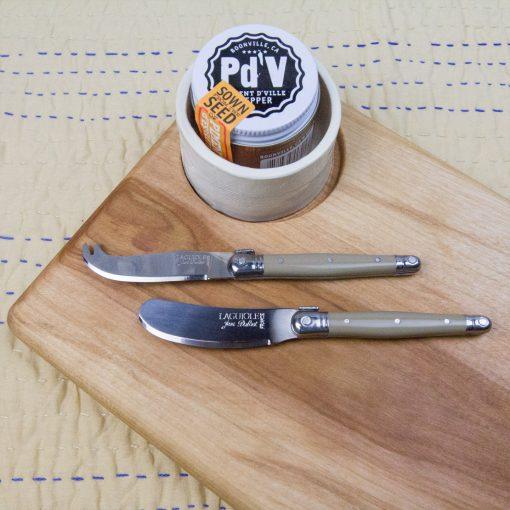 USA MADE IN USA Poplar Cheese Board Seated Ramekin Piment de Ville Chili Powder Taupe Laguiole Cheese Knife Taupe Laguiole Cheese Spreader