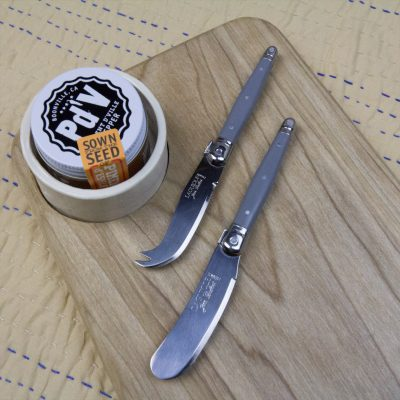 USA MADE IN USA Poplar Cheese Board Seated Ramekin Piment de Ville Chili Powder Grey Laguiole Cheese Knife Grey Laguiole Cheese Spreader