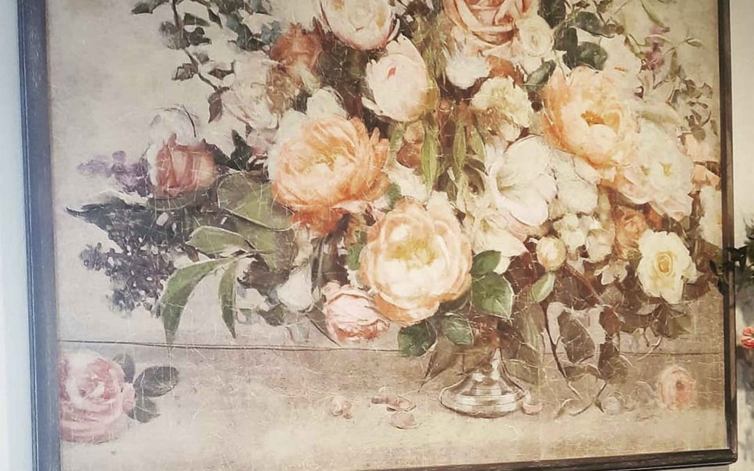 New wall art in vintage floral prints we live 🌼 🌻 🌸 🌹   We have lots of wall décor full of florals with a vintage style.  Stop on by Astoria Home Decor & Gifts on Main Street in Mendocino  Or contact us here!  We are always happy to ship :)