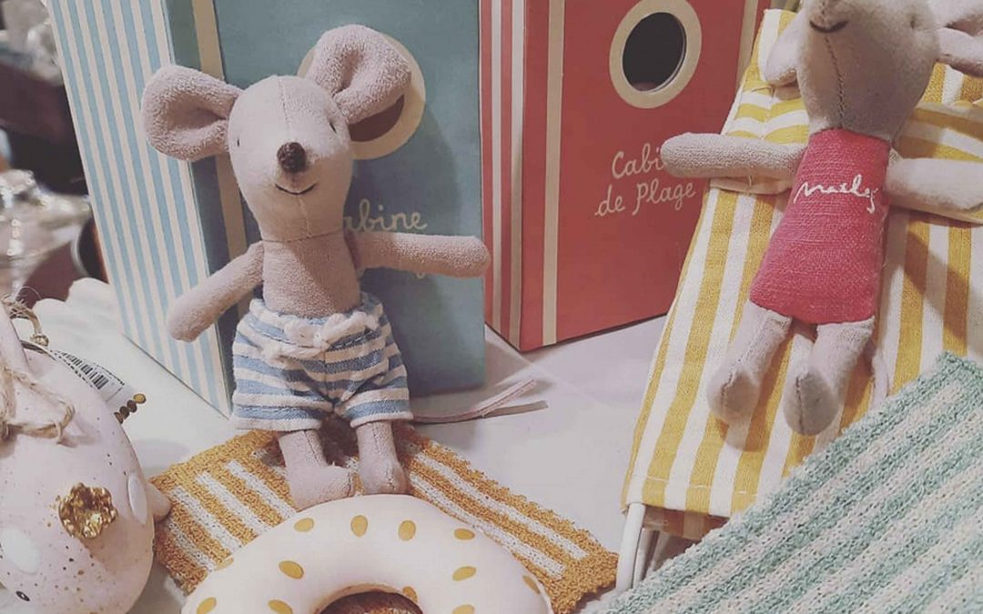 Summer is in full swing for these little beach mice!!!  Come on by the shop,  or message us here  for the new Maileg Beach Mice  we have just got in!